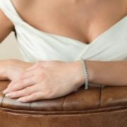 Bridal-Bentley-bracelet-model-Ivory&co