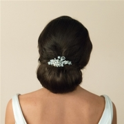Bridal-comb-_Ivory-and-co-harmony-back-comb-model
