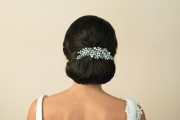Pearl-and-crystal-bridal-comb-ivory&co-Madrid-model-back