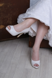 Perfect-Bridal-Shoe-Celia-Oyster_IMG_4669