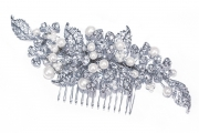 Pearl-and-crystal-bridal-comb-ivory&co-madrid1