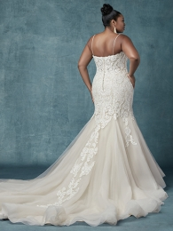 Maggie-Sottero-Alistaire-Lynette-9MS023AC-Curve-Back