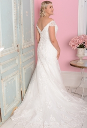 WP417-b-Plus-Size-wedding-dress-White-Rose-Graceful