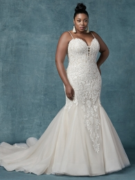 Maggie-Sottero-Alistaire-Lynette-9MS023AC-Curve-Main