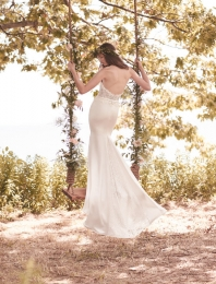 Soft Lace and Crêpe Wedding Dress